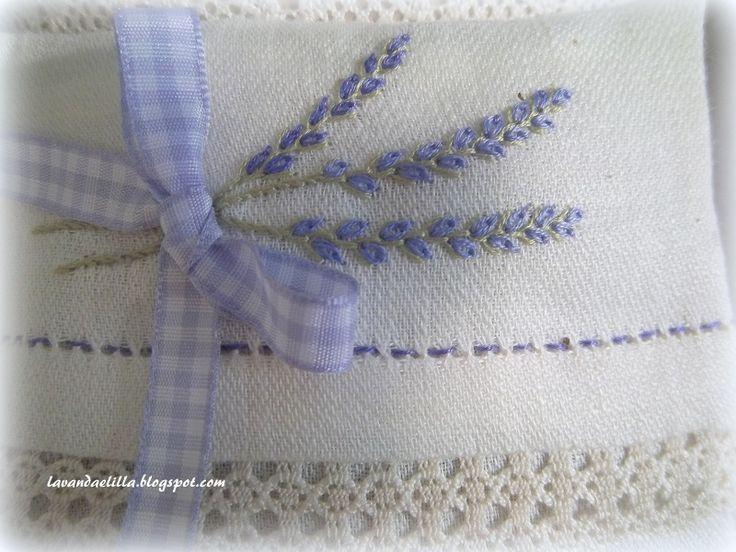 Lavanda e Lillà: Ringraziamenti e Sacchetti di Lavanda ..... #lavender #embroidery