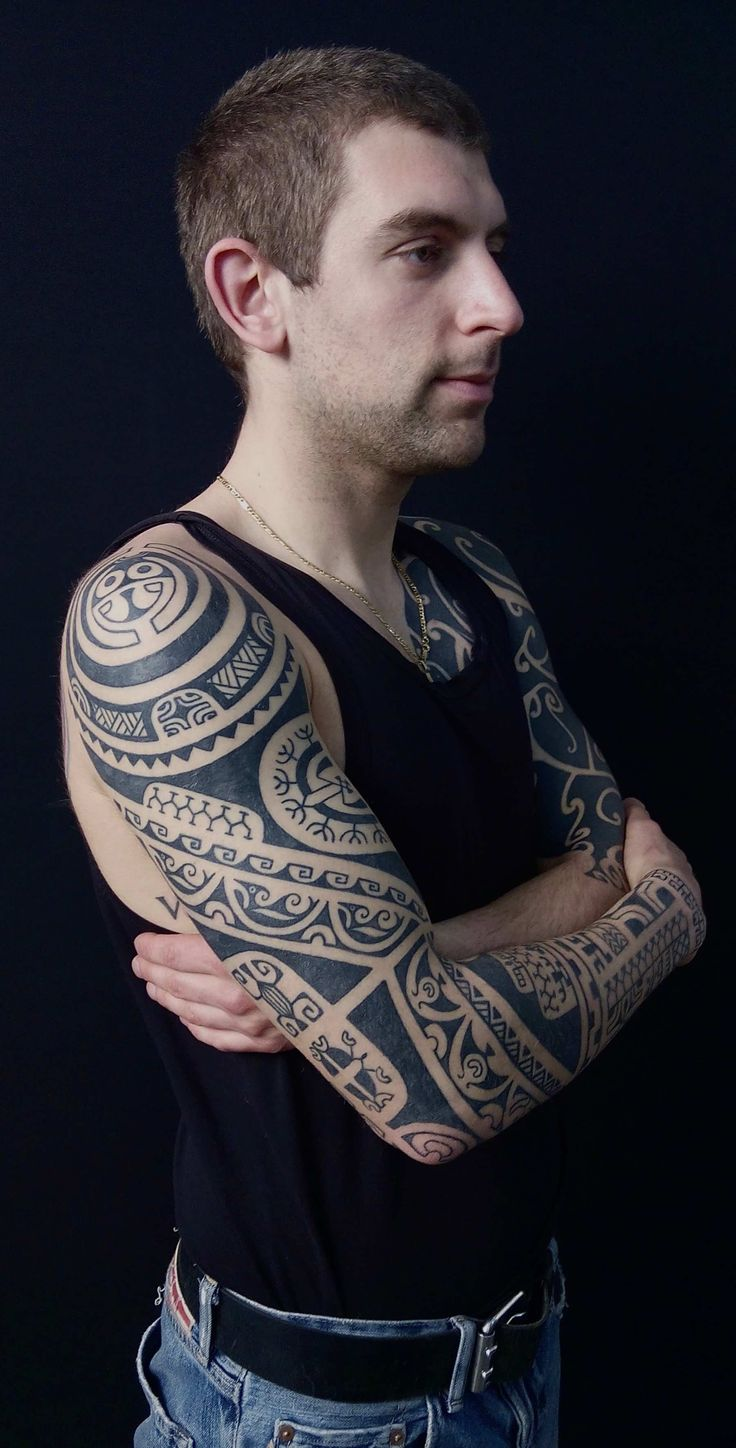 Marquesan Tattoo, Hand Tapping