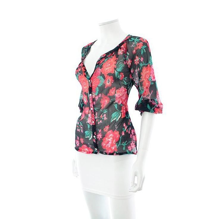 Vêtements de marque Yessica pas cher à découvrir sur le vide-dressing en ligne - Livraison gratuite dès 45€ - Le prix de l'occasion, l'expérience du neuf!