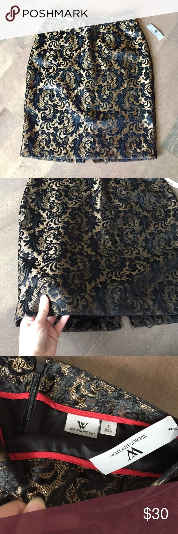 Black and Gold Pencil Skirt! Stunning black and gold patterned pencil skirt. Brand new with tags! Perfect for fall. Comes with a detachable belt and zips up the back. Size 6. Worthington Skirts Pencil