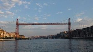 Puente colgante visto desde el mar Portugalete Vizcaya