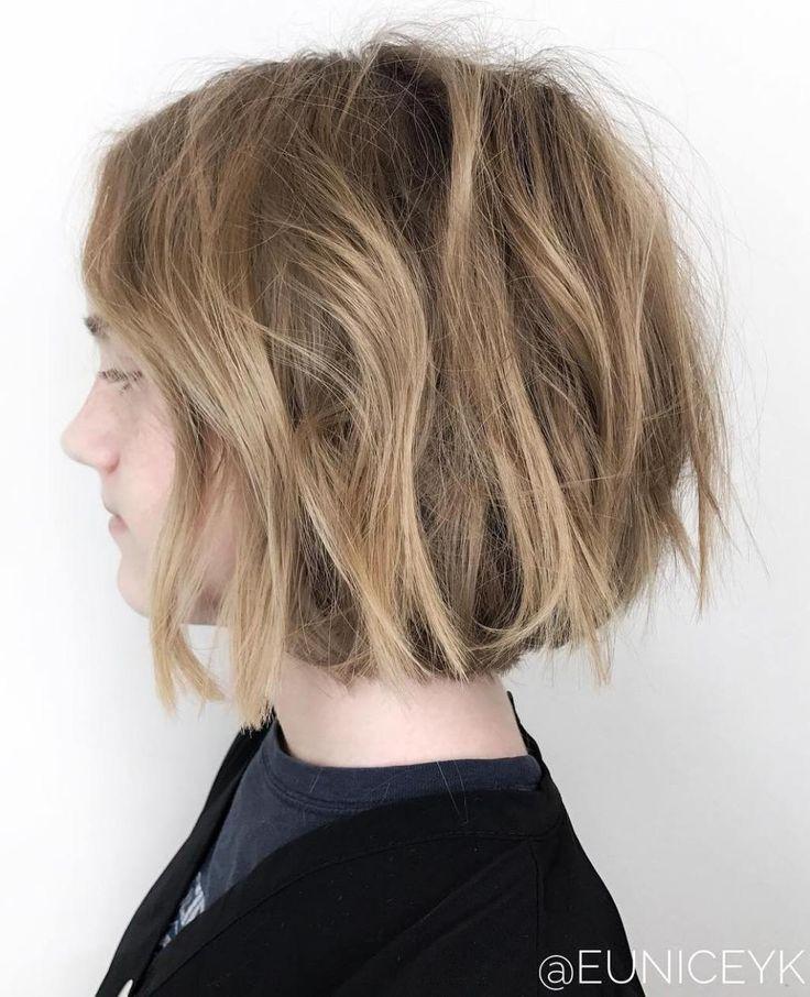 Teenage Girl's Messy Bob   Girls short haircuts, Girl haircuts, Teenage hairstyles