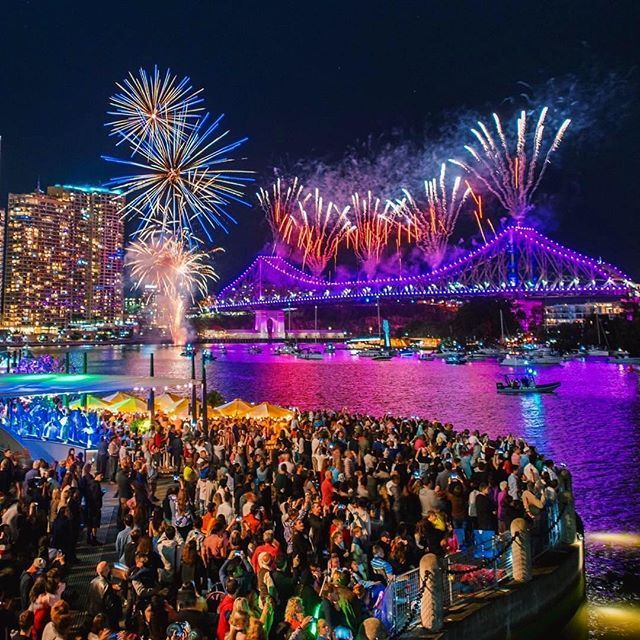 How did you spend your Sunny Sunday in #Brisbane after Last nights incredible #RiverFire   @twsvisuals  #ThisIsBrisbane #Fireworks #Amazing