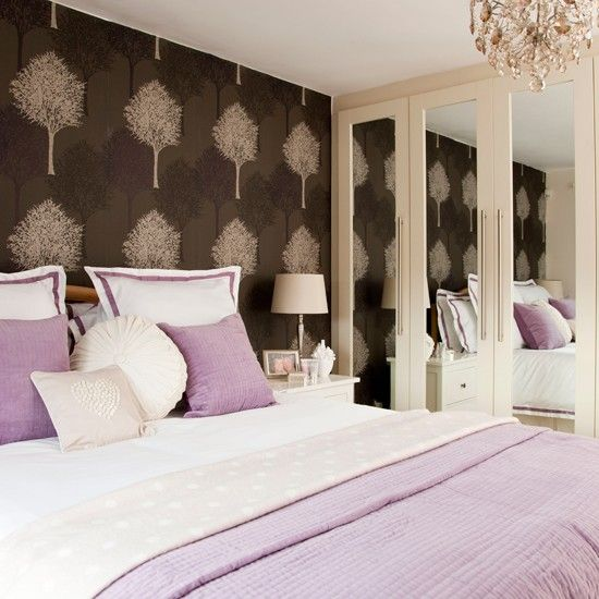Lavender bedroom with feature wall | Bedroom decorating ideas