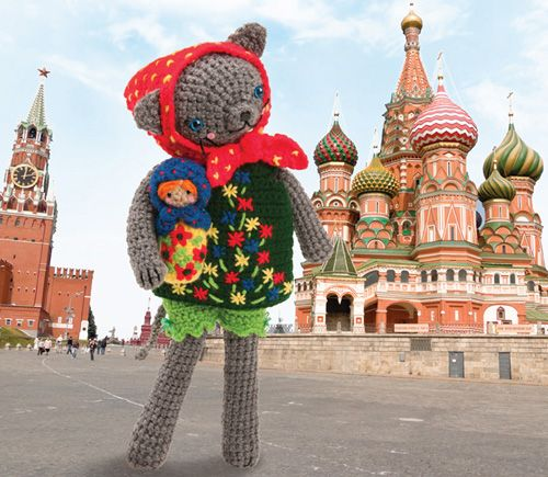 Coco Goes to Russia!   crochet today
