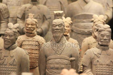 Download - Terracotta Warriors in Xian, China — Stock Image #19059019