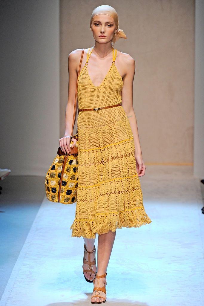 Salvatore Ferragamo, SS11. http://www.fashionisingpictures.net/catwalks/ferragamo4crochet.jpg ♥ would love this if it were like a maxi