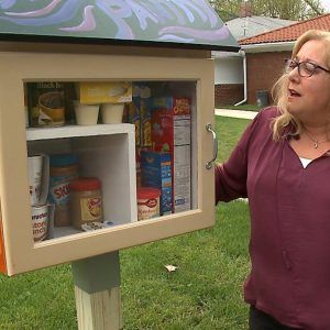 Heres how this couple is helping people in need (via Vuz)A couple in Omaha has set up a little pant #news #alternativenews