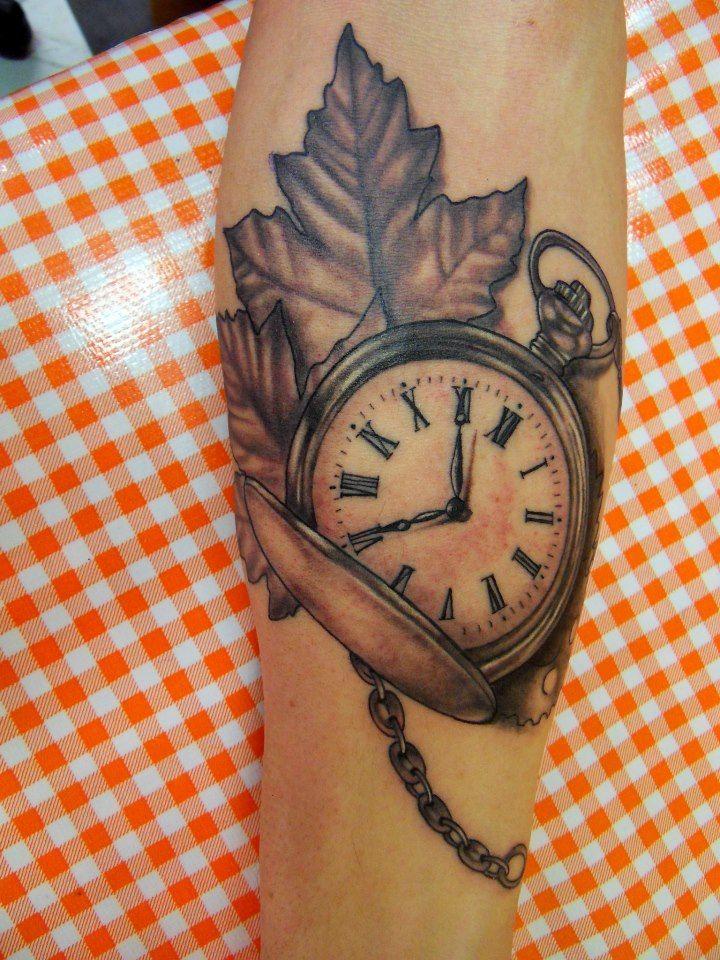 Horloge Des Tatouage