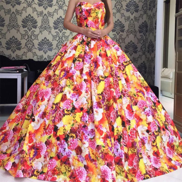 フォーシスアンドカンパニー カラードレス試着 蜷川実花デザイン