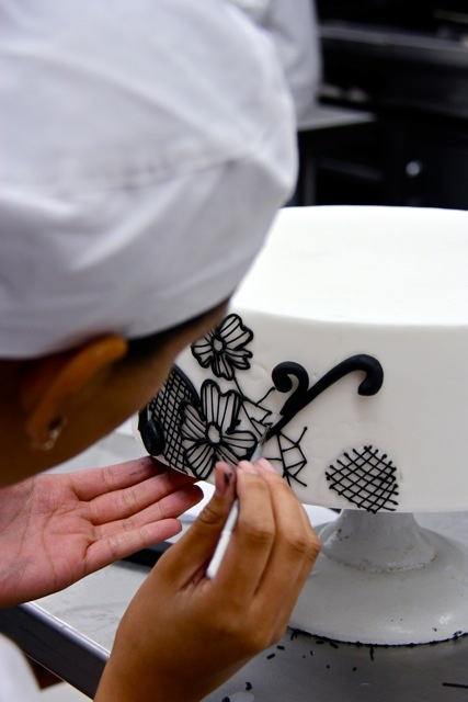 By the time you graduate, you'll have baked and created a wide range of popular cakes, from simple genoise layer cakes to multi-tiered masterpieces, through our Total ImmersionSM method.