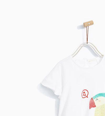 imagem 2 de t shirt papagaio lantejoulas da zara