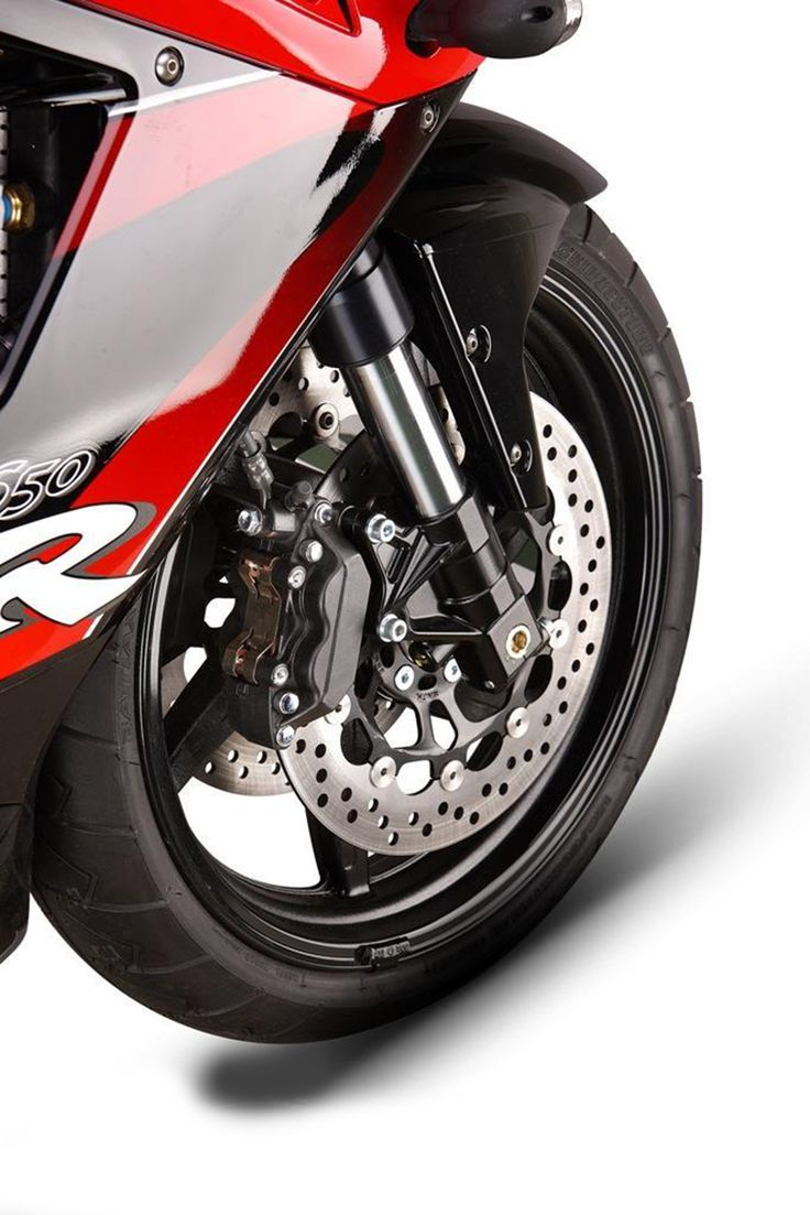 2013 hyosung gt650r Tyre 2013 Hyosung GT650R Specification
