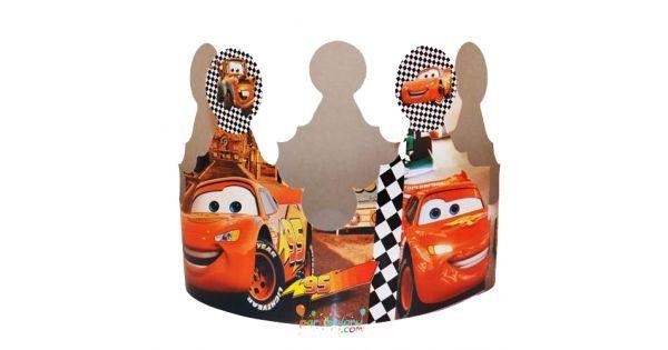 Cars TaçŞimşek Mekkuin Karton Taç Ürün ÖzellikleriÜrün Paketinde 6 Adet Şimşek Mcqueen Taç bulunur.Karton Taç Kaliteli ve canlı baskıdır.Cars temalı taçlar kartondan üretilmiştir.Çocuğunuza ve gelen arkadaşlarına hediye edebilirsiniz.