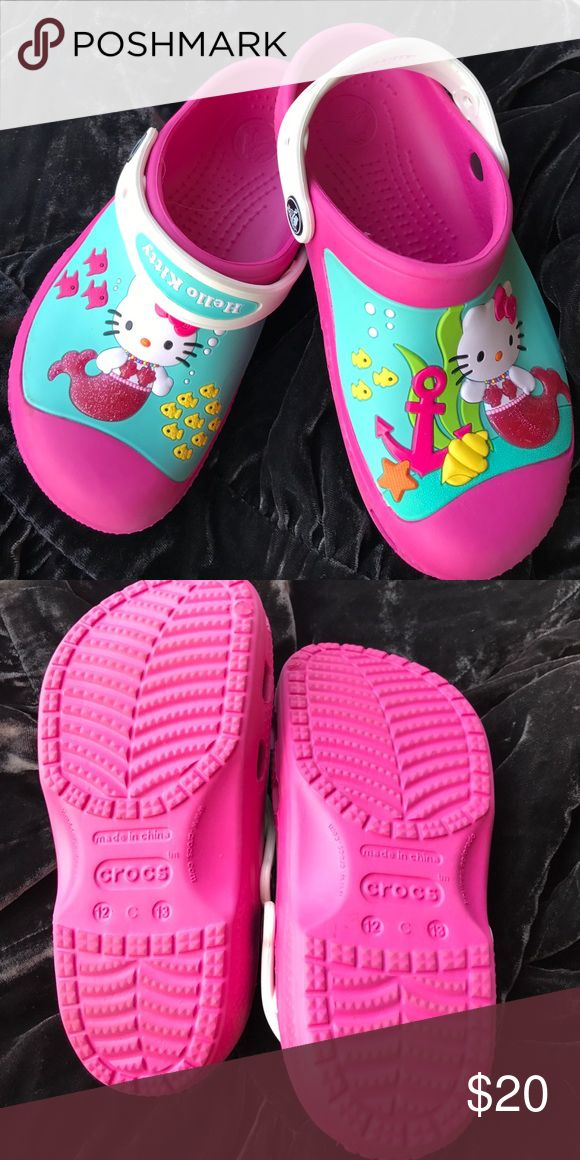 🌺🌺Crocs Hello Kitty size 13 Adorable Hello Kitty Crocs. Only worn once and in excellent condition! Worn once CROCS Shoes Water Shoes
