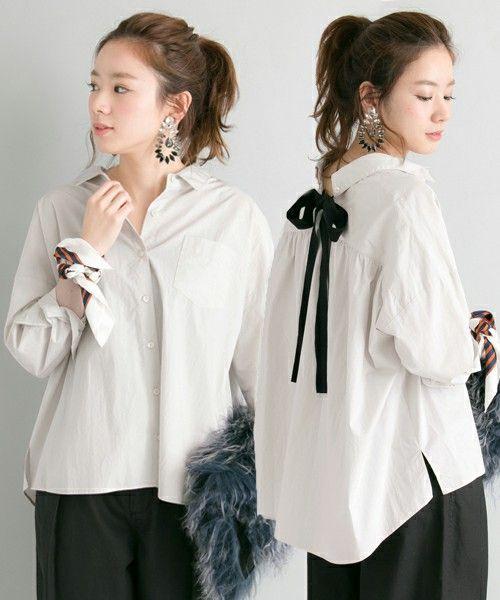 URBAN RESEARCH WOMENS(アーバンリサーチウィメンズ)のUR BACKリボンオーバーゆるっとシャツ(シャツ/ブラウス)|グレー系その他
