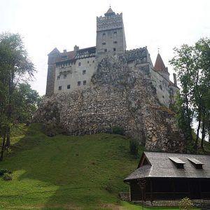 "Home of the ruler ""Dracula"" – Törcsvár (Bran) / Transylvania / Romania | Cookbook Travels"
