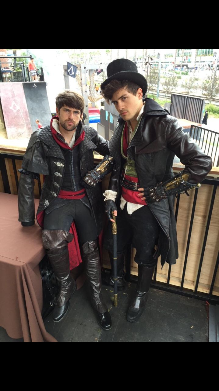 Smosh is bored - Assassin's Creed in Real Life