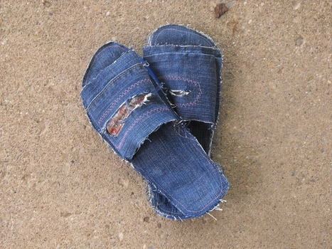 Top 25 ideas about reuse jeans crafts on Pinterest   Creative, Rag ...