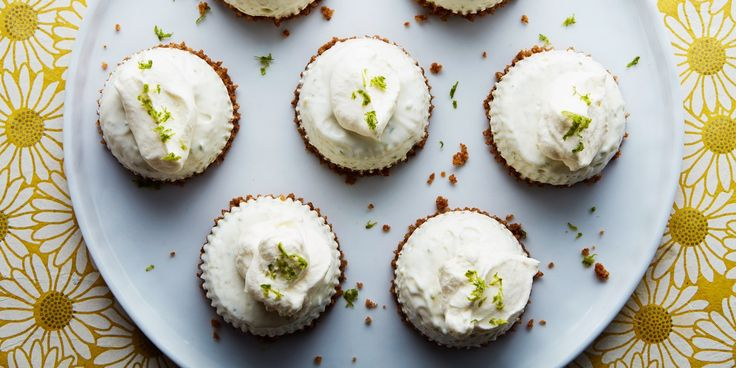 Don't want to share your key lime pie? With these mini versions of the creamy, tangy dessert, you don't have to!