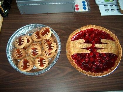 https://i.pinimg.com/736x/ce/f3/99/cef3990de179505b8738c9834aa8ba4f--pastries-cookies.jpg