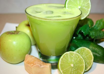 """GREEN GINGER ALE"" JUICE  INGREDIENTS: 3 green apples, 2 celery sticks, 1 large cucumber, 1 lime, 2 in (2.5 cm) piece of fresh ginger"