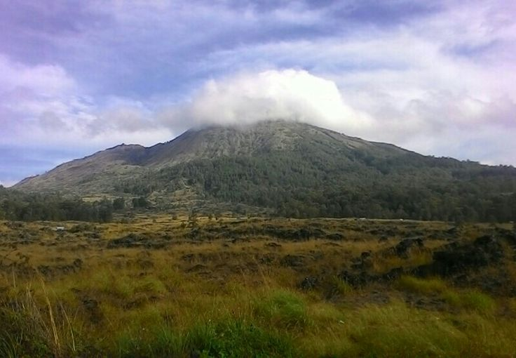 Do you have plan for vacation in Bali island ?? This tour activity will be a right chooise for completely your holliday time. Join us for make unforgettable experience on Mt Batur Sunrise Trekking https://www.bagusbalisunrise.com/link/mount-batur-sunrise-trekking-tour