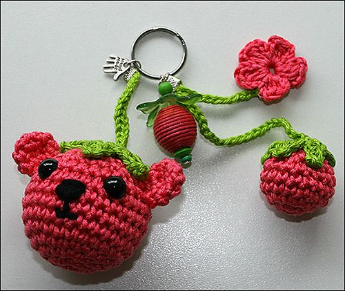 Beary Keychain Crochet - free bear ravelry pattern by Julie King
