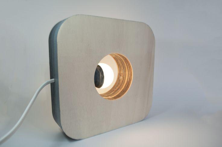 Lampada Minimal in legno di abete #minimal #wooden #lamp #lasercut