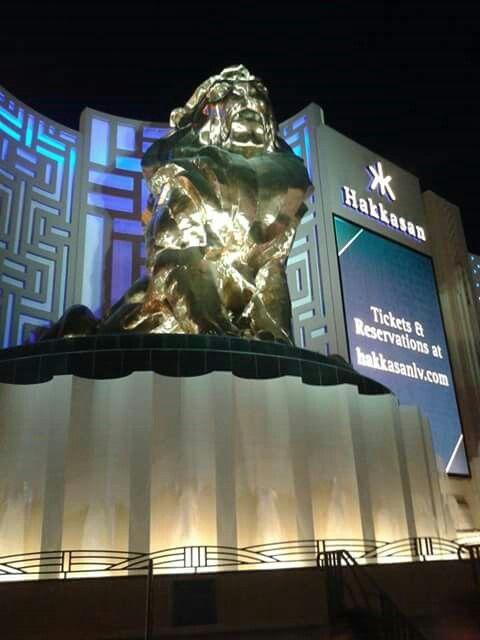 MGM Traje Las Vegas