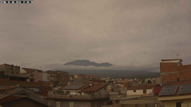 Etna - Radio Touring webcam (from Paterno, SW side)