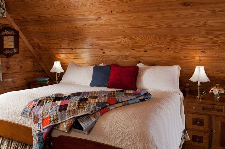 Durham, North Carolina Cabin Rental :: Honeymoons & Romance