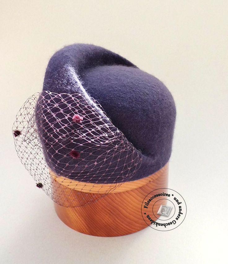 Romantischer Hut Aubergine Hochzeit Cocktail Hut handgefilzt Kopfschmuck design elegant festlich  mit Hutnetz Pillbox-Hut von Filzaccessoires auf Etsy