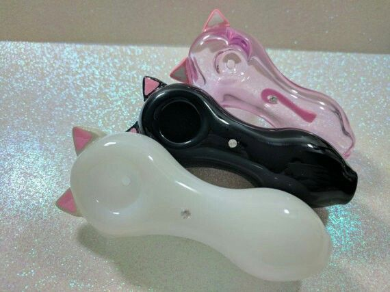 Kitty pipes