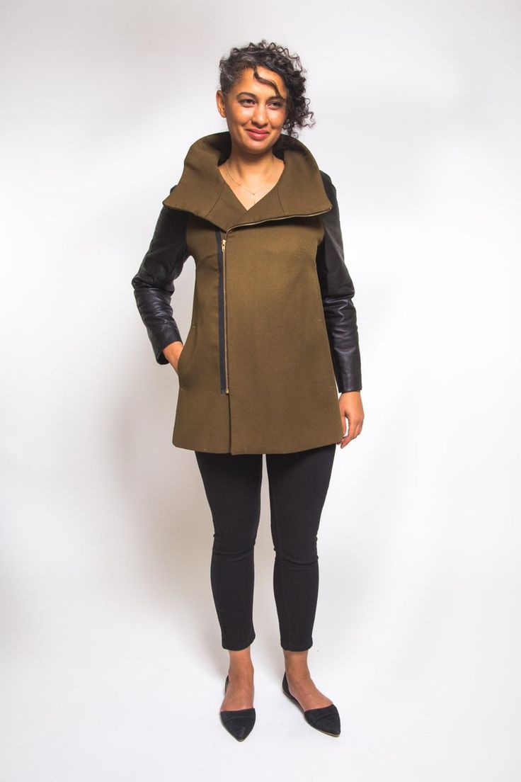Clare Coat Pattern // View B with exposed zipper //  Closet Case Patterns