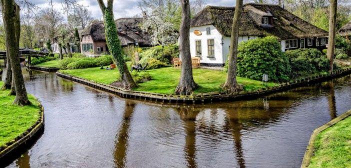V Holandsku sa nachádza magické mesto, ktoré má namiesto ulíc vodné kanály