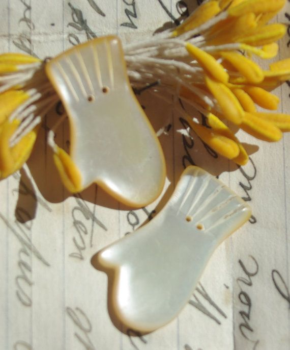 Vintage Mother Of Pearl Mitten Shaped Buttons