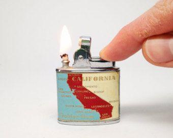 Antike California Feuerzeug - Vintage 1960er Jahre Cali Emaille Souvenir japanischer leichter arbeiten