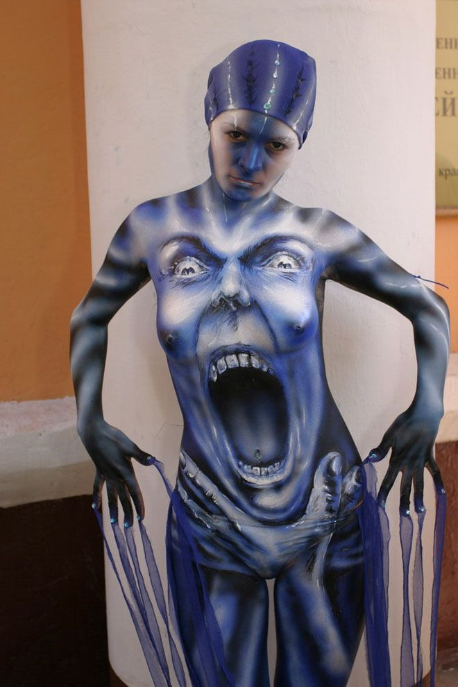 24 Beautiful Body Painting Pictures from World Body Painting Festival. Follow us www.pinterest.com/webneel