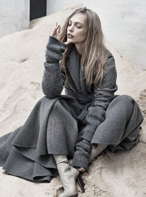 Lovely layered grey knits : Minimal + Classic | Nordhaven Studio