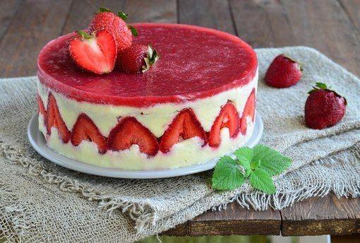 """Клубничный торт """"Фризье"""""""