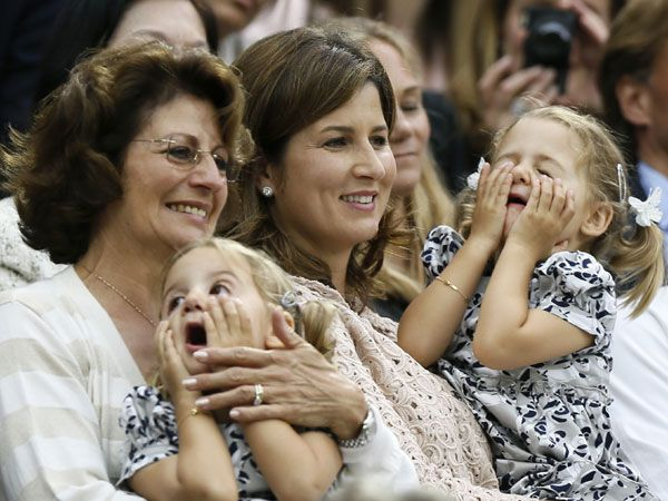 LOVE roger federer and his adorable kids!