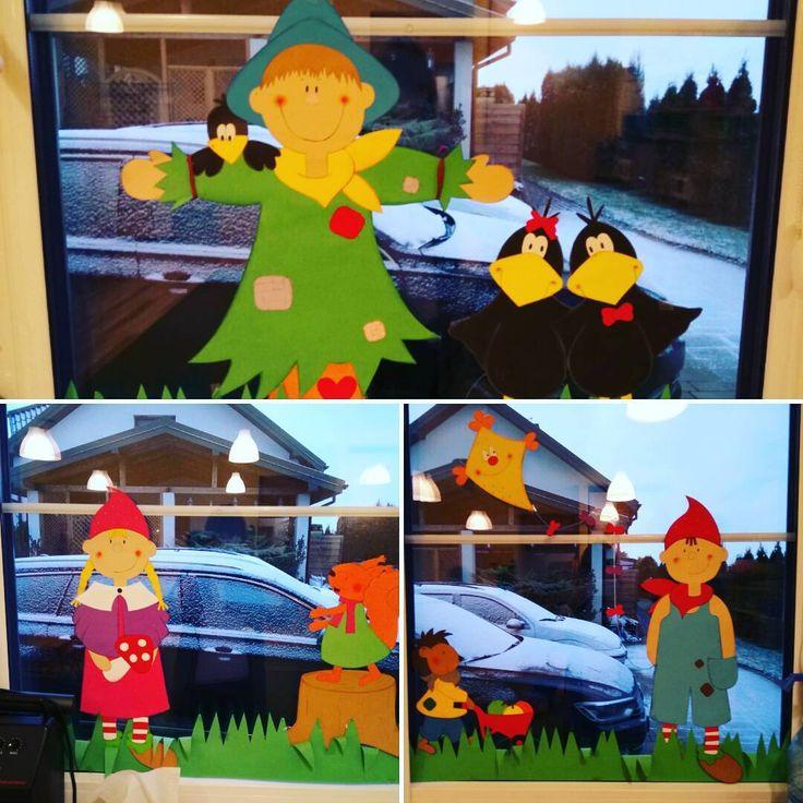 Tak wyglądała nasza ubiegłoroczna jesienna dekoracja okienna!   A czy Wy już rozpoczęliście przygotowania do nowego roku szkolnego?  #dekoracja #ozdoba #decoration #dekoracjaokienna #windowdecoration #dekoracjajesienna #autumndecoration #okno #window #jesień #autumn #przedszkole #preschool #kindergarten #nurseryschool #diy #zróbtosam #handmade #craft #crafts #papercraft #papercrafts #lubietworzyc