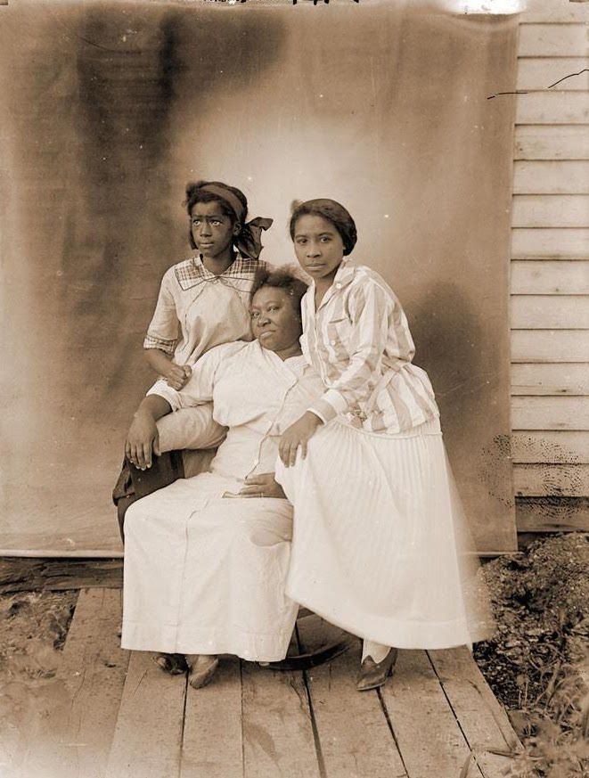 These Rare Photos Offer A Glimpse Into The Daily Lives Of African Americans In The Early 1900s - Page 6 of 20