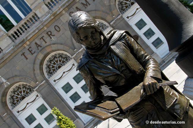 Teatro Campoamor de #Oviedo. Centros Culturales de Asturias [Más info] http://www.desdeasturias.com/teatro-campoamor/