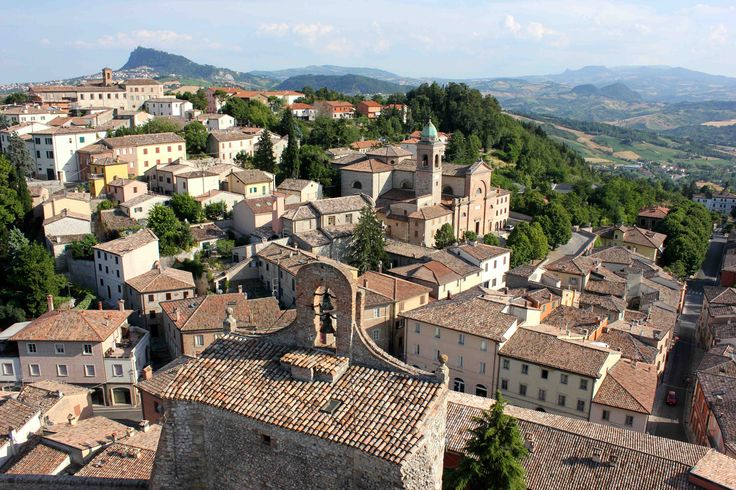 """Villages to Visit: Verucchio, a medieval town rich with history - """"The Valmarecchia"""" by @ciaobologna"""