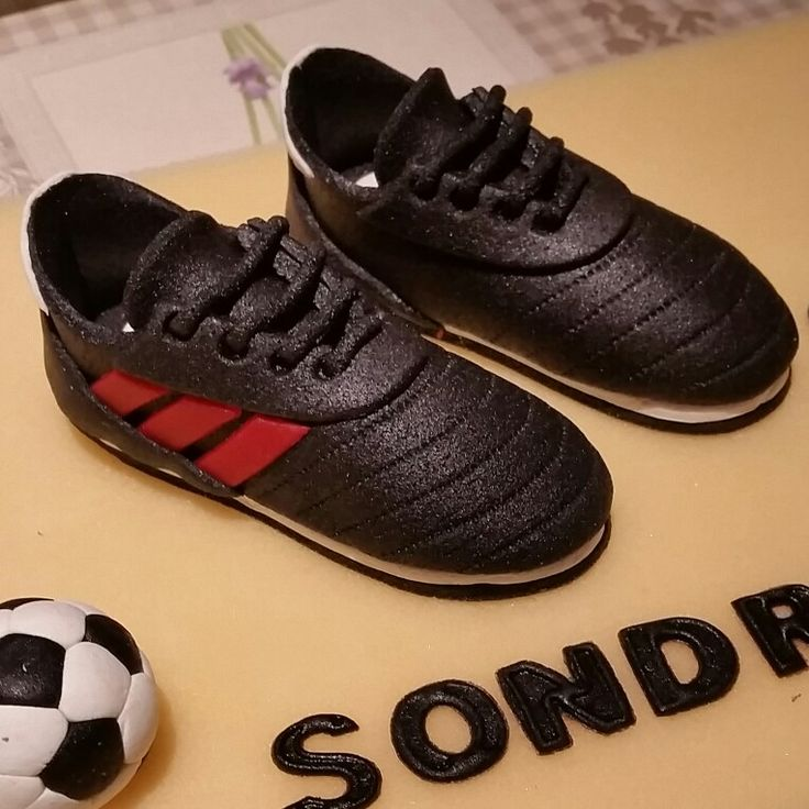 Fondant soccer shoes