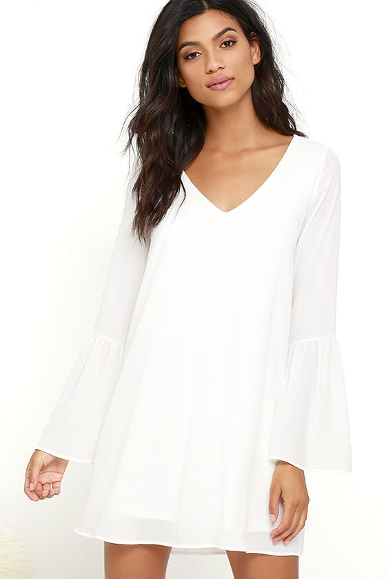 Lulus Exclusive! The Far Wanderings Ivory Long Sleeve Shift Dress has us looking to the horizon and liking what we see! A wide V-neckline takes shape amidst a woven shift bodice, framed by long bell sleeves.