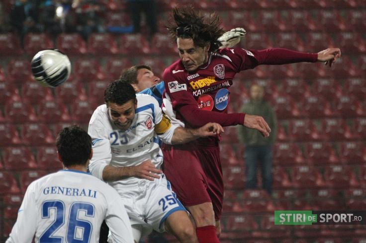 Bjelanovici înscrie cu capul în meciul de Cupă cu FC Botoşani.