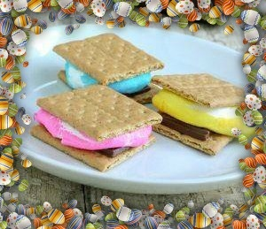 Easter s'mores.  For more great recipes please visit mommywhatsfordinner.wordpress.com